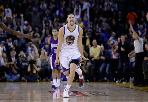 new year klay thompson klay thompson sets nba record with 37 points in a quarter