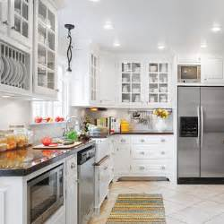 white stripes editors picks our favorite cottage 12 kitchen cabinet color combos that really cook this