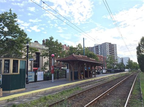 coolidge corner mbta station green line stations