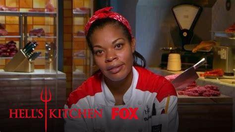 Hell S Kitchen Season 17 Episode 5 by Elise Argue In Front Of Customers Season 17 Ep