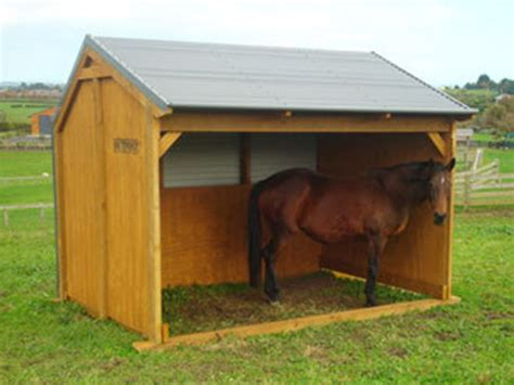 outpost small horse shelter
