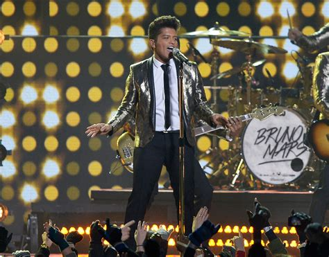 bruno mars superbowl performance mp3 download nfl is right to charge halftime performers to play