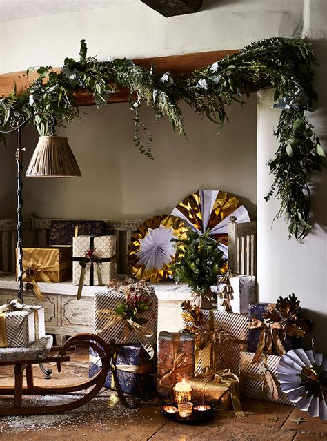 Traditional Christmas Decorating Ideas Home Ifresh Design | this house is elegantly decorated with traditional