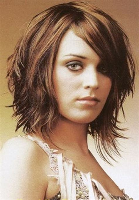 hair cut for fish face bob haircuts for round faces medium layered bob for