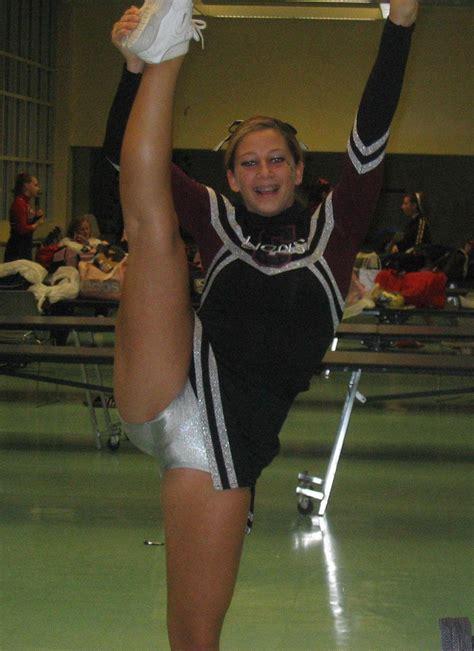 Teen Cheerleader Voyeur Pictures