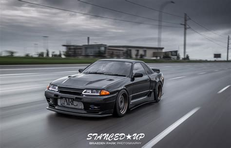 r32 skyline aaron s r32 gts t stanced up