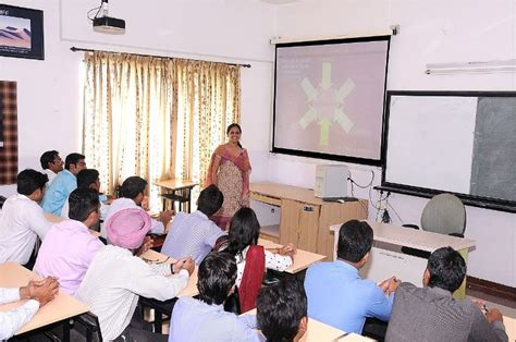 Indira Institute Of Management Pune Mba by Indira Institute Of Management Iimp Pune Images
