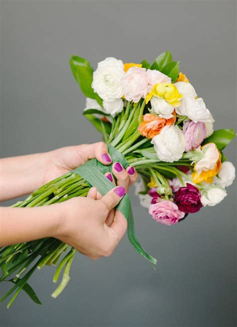 diy how to make a bouquet for a photoshoot green wedding shoes how to make a diy wedding bouquet from start to finish