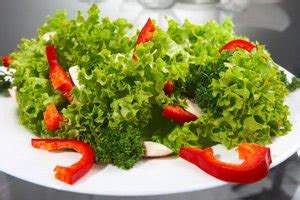 carbohydrates lettuce improve digestion with lettuce salad