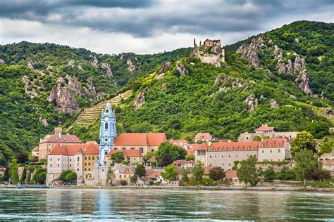 danube vintage classics 1784871311 select voyages the classic danube 2018 select voyages