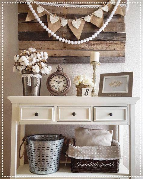 decorating simple ideas    rustic farmhouse