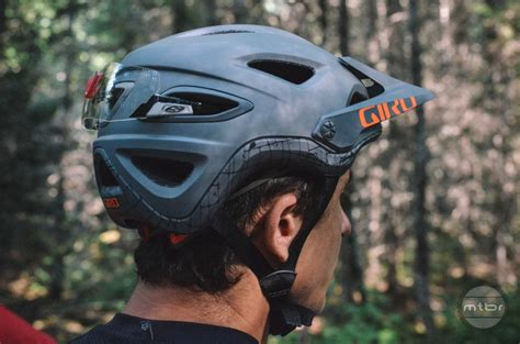 giro montaro light mount best protective gear of 2015 page 2 of 2 mountain