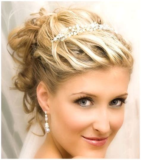 Wedding Hairstyles For Hair With Tiara And Veil by Wedding Hairstyles With Veil Wedding Hairstyles For
