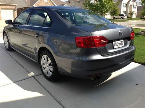 sell used 2013 vw volkswagen jetta 2 5 se 48 month