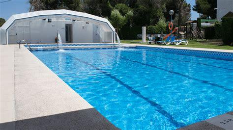 piscina in arena blanca cing con piscina
