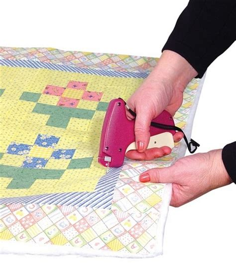 june tailor quilter s basting gun with 500 fasteners jo