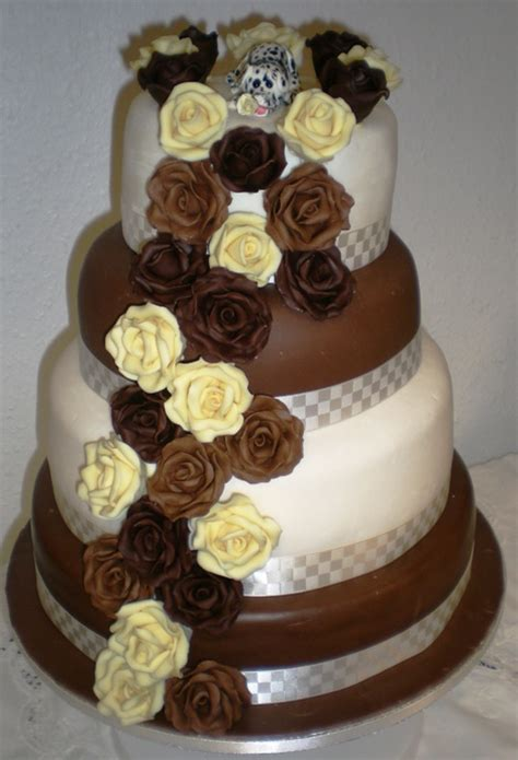 Chocolate Wedding Cakes Pictures by Wedding Cake Count Designer Chair Covers To Go