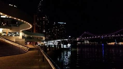 the sebel brisbane eagle pier and the story bridge at picture