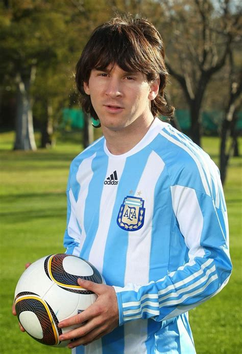 pro soccer player haircuts lionel messi hairstyles smile photos hairstyles photos
