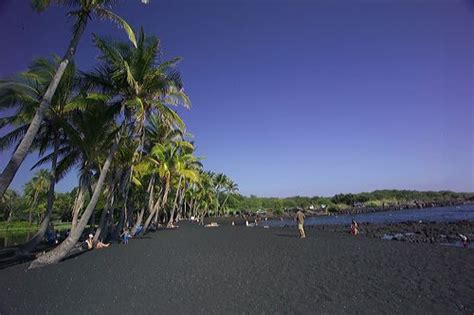 picture photo black sand beach at punaluu big island top 10 black sand beaches d shadowshark29 s arena