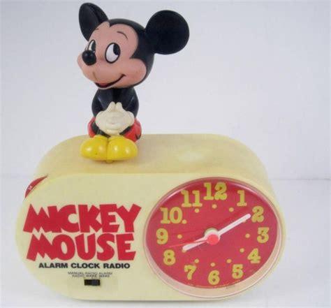 mickey mouse vintage disney concept 2000 alarm clock radio works battery inc pt
