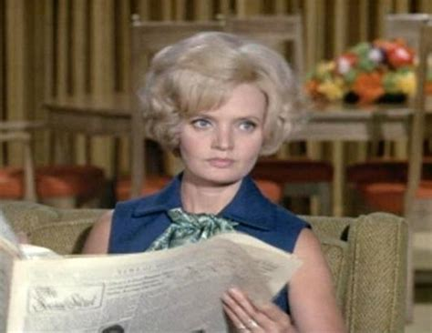 florence henderson new haircut top 7 carol brady hairstyles mullet to flip picture