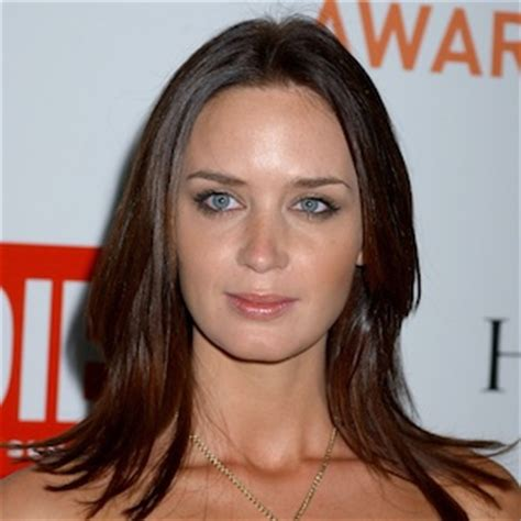 The Quot Lob Quot Meet Hollywood S Favourite Summer Cut Again | emily blunt with bangs the quot lob quot meet hollywood