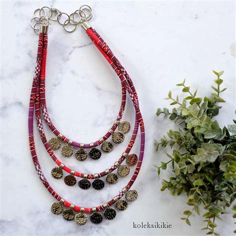 Kalung Tenun Etnik kalung tenun dyandra merah koleksikikie