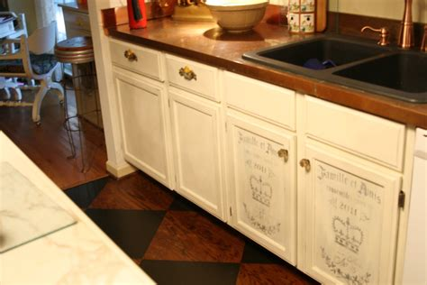 Chalk Painted Kitchen Cabinets by Chalk Paint Kitchen Cabinets
