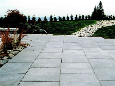 deerwood landscaping ltd paving stones patio slabs