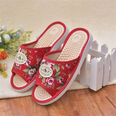 slipper care slipper care 28 images s slippers slipper socks boots