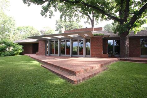 malcolm willey house willey house frank lloyd wright s hidden gem restored