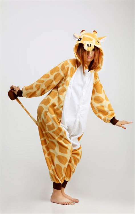 Piyama Sleepy Giraffe giraffe kigurumi onesie contacts cow