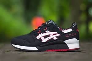 s 233 lection asics gel lyte iii cyclones magazine
