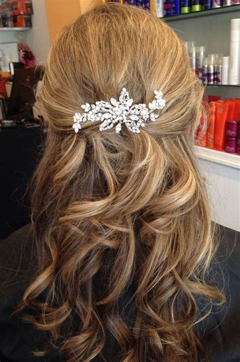 lindsay gill emajane hair accessories 27 best lindsay s wedding hair images on pinterest