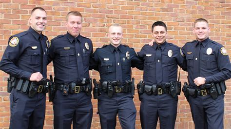 five mt juliet officers graduate from