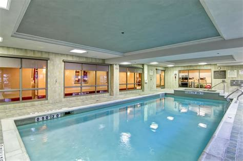 hton inn suites by guelph in kitchener