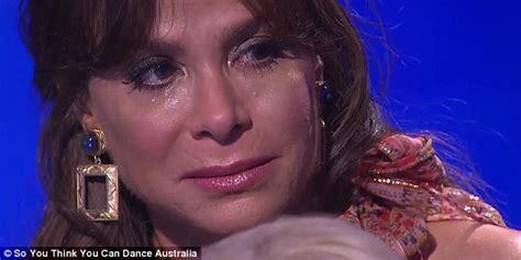 Paula Abdul Breaks Nose by Judge Paula Abdul Breaks In Tears On So You Think You