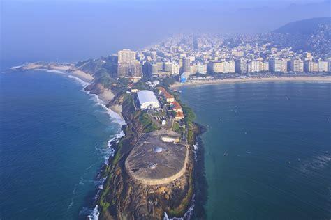 Build A Cabana File 1 Forte De Copacabana 2014 Jpg Wikimedia Commons
