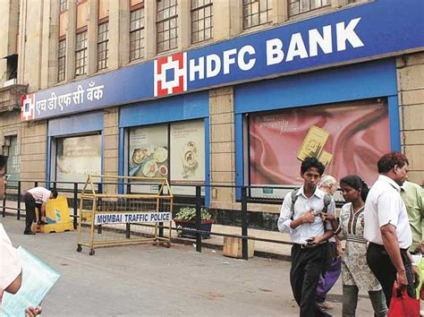 hdfc bank usa hdfc bank q2 net up 20 at rs 2 869 crore meets estimates