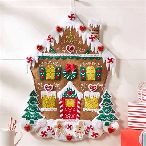 make your own felt advent calendar 696 best navidad images on crafts