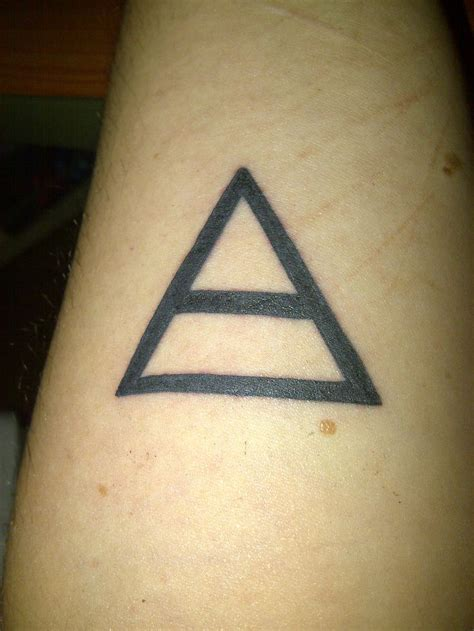 30 seconds to mars tattoos 30 seconds to mars triad altering