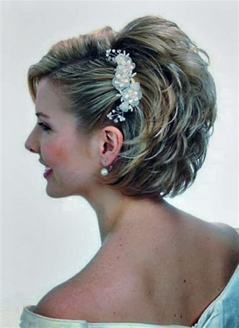 wedding hairstyles mother for curly hair wedding hair for mother of the bride