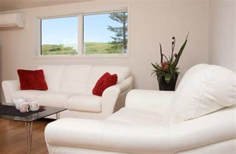 8 Comfortable Lounge by Shores Accommodation Whangarei New Zealand Guesthouse