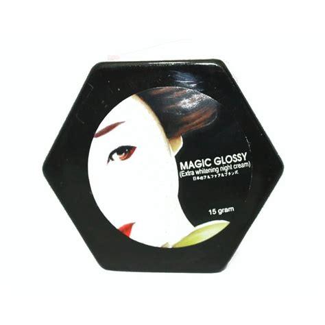 Pemutih Wajah Magic Glossy magic glossy untuk memutihkan wajah pondok ibu