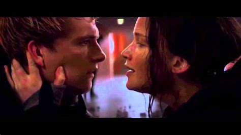 film layar lebar stay with me the hunger games mockingjay part 2 stay with me scene