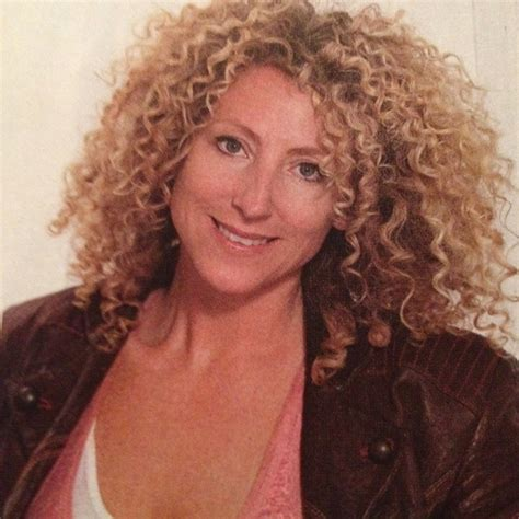 lorraine massey haircut lorraine massey rocks a stunning head of curls curly