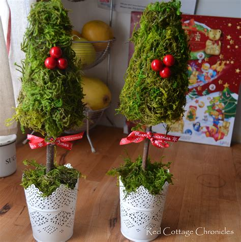 diy christmas topiary red cottage chronicles