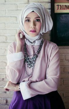 tutorial jilbab zaskia adia meca fashion on pinterest hijab tutorial actresses and models