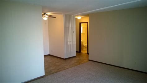 1 bedroom apartments uptown minneapolis uptown estates minneapolis mn apartment finder